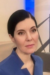 Irina Girsh. Information sponsor of the matches for the title of world champion in Chess-transit